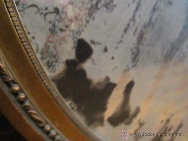 Antigüedades: Antigua pareja de espejos con marco de madera dorada, estilo isabelino. 73 x 52 cms.Interior 58X43 c - Foto 5 - 44009846