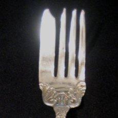 Antigüedades: TENEDOR PARA SERVIR PLYMOUTH SILVER CO. FINALES S. XIX. Lote 110909644