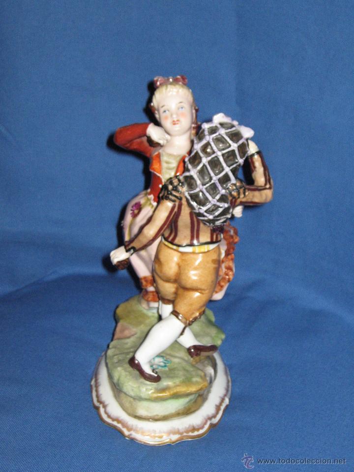 Antigüedades: PRECIOSA PAREJA GOYESCA DE BAILARINES DE PORCELANA HISPANIA DE MANISES - 25 CMS - SELLO INCISO - Foto 3 - 44016722
