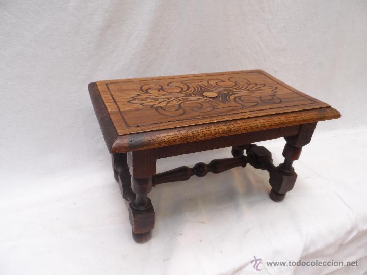 Mueble banco reposapies de madera tallada roble comprar - Muebles de madera antiguos ...
