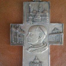 Antigüedades: CRUZ JUAN PABLO II.ROMA 1975. Lote 44049776