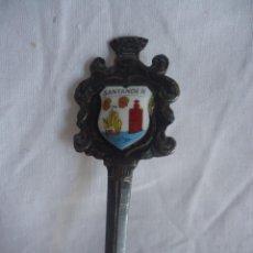 Antigüedades: CUCHARA O CUCHARILLA DE PLATA ESCUDO DE SANTANDER MIDE 11,5 CM.. Lote 44099832