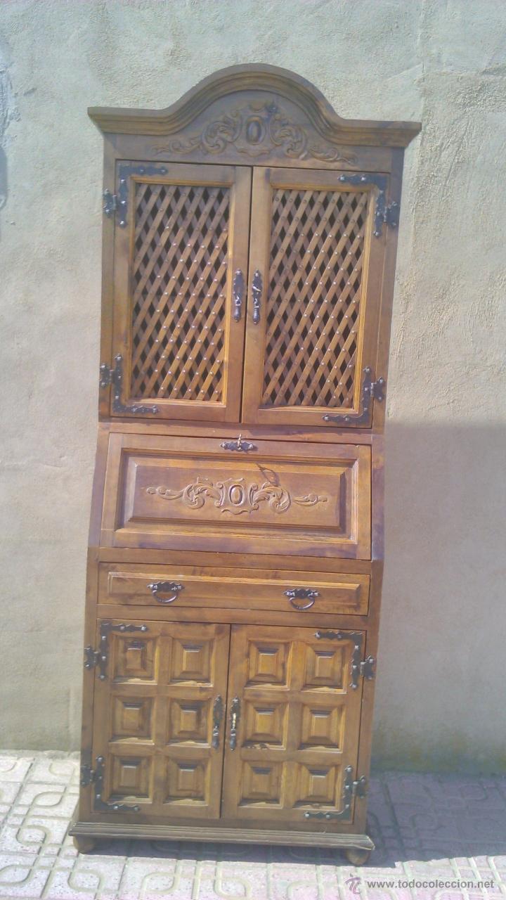 Antigua Consola Con Puertas De Rejilla Y Ornam Comprar Consolas  # Muebles Tallados A Mano
