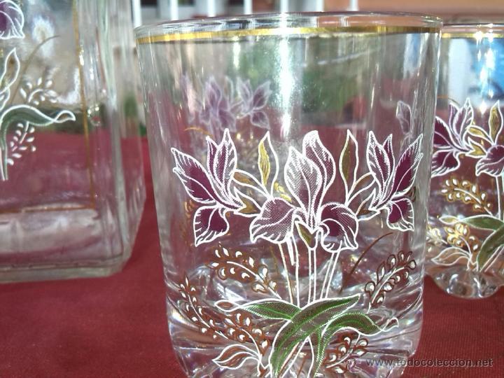 Antigüedades: preciosa licorera conn 6 vaso, serigrafiados y filos de oro , un preciosidad - Foto 4 - 44125190