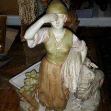 Antigüedades: PORCELANA CHECA AÑOS 20-30 ROYAL DUX,MOTIVO PASTORIL. Lote 44136611