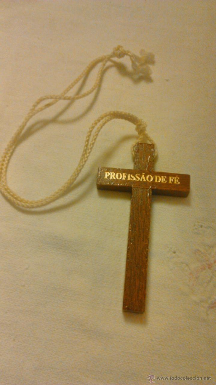 BONITA CRUZ DE MADERA .PROFISSAO DE FÉ. PROFESIÓN DE FÉ. (Antigüedades - Religiosas - Cruces Antiguas)