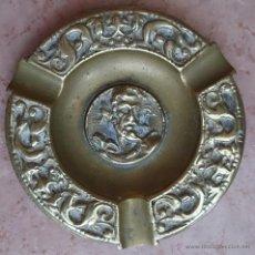 Antigüedades: ANTIGUO CENICERO EN BRONCE CON MOTIVOS MITOLÓGICOS CINCELADOS ( F.S.XIX ).. Lote 44219702