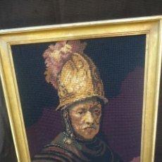 Antigüedades: ANTIGUO CUADRO TAPIZ A PUNTO DE CRUZ DEL HOMBRE DEL CASCO DE ORO DE REMBRANDT. Lote 44223341