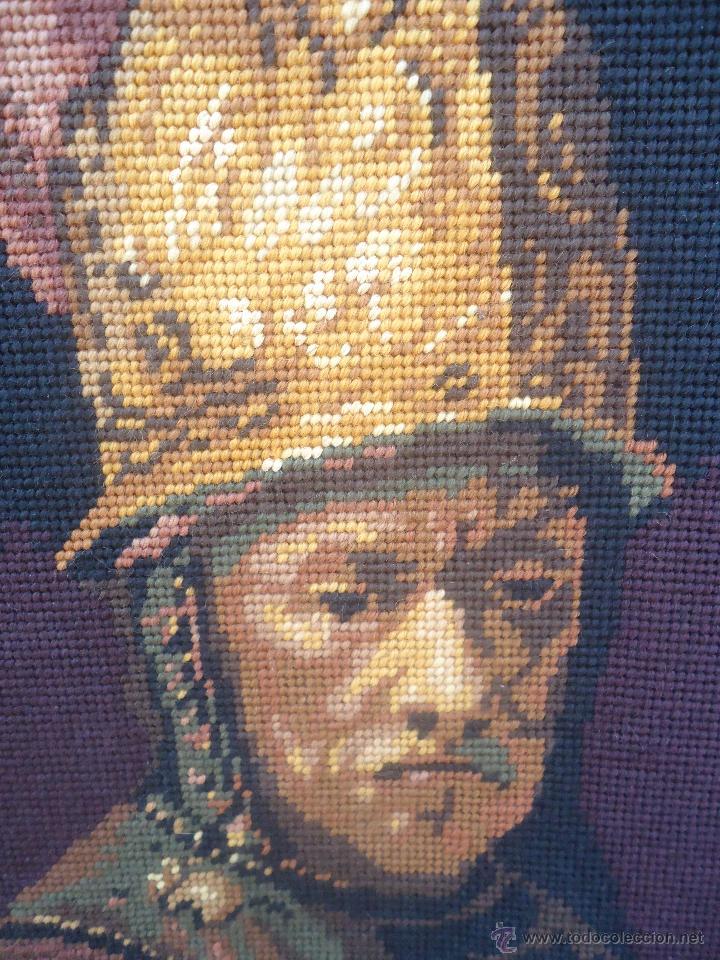 Antigüedades: Antiguo cuadro tapiz a punto de cruz del hombre del casco de oro de Rembrandt - Foto 6 - 44223341