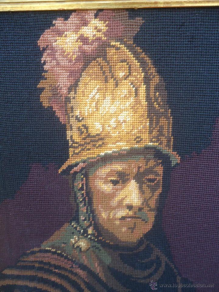 Antigüedades: Antiguo cuadro tapiz a punto de cruz del hombre del casco de oro de Rembrandt - Foto 8 - 44223341