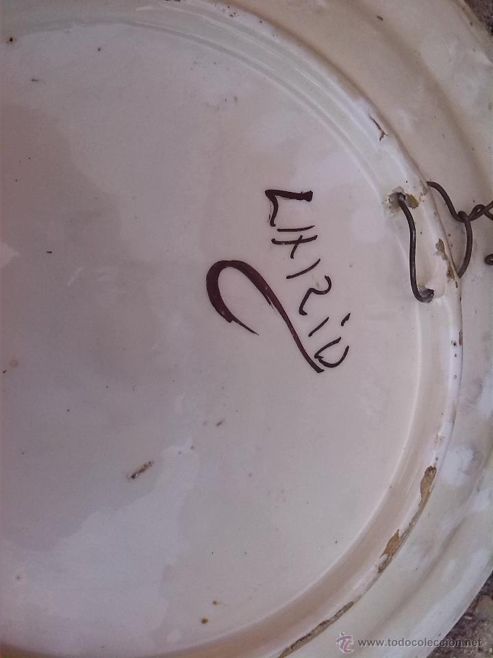 Antigüedades: antigua fuente de lario, firmada. - Foto 5 - 44254883