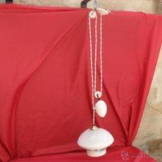 Antigüedades: BONITA LAMPARA SISTEMA POLEA HUEVO PORCELANA CONTRAPESO. Lote 44283670