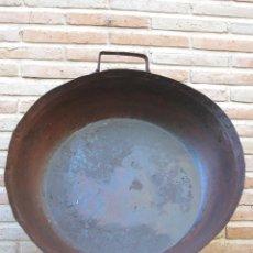 Antigüedades: CALDERA ANTIGUA EN HIERRO FORJADO.. Lote 44287148