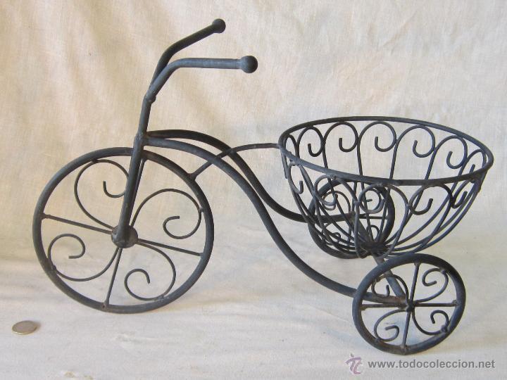 Macetero triciclo en forja comprar maceteros antiguos en - Maceteros de forja ...