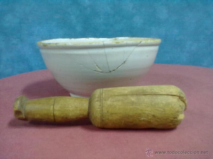 ALMIREZ CERAMICA VASCA MANO DE NOGAL (Antigüedades - Porcelanas y Cerámicas - Otras)