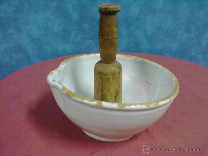 Antigüedades: ALMIREZ CERAMICA VASCA MANO DE NOGAL - Foto 2 - 44323140