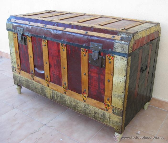 Gran baul cofre antiguo en madera y arcon metal comprar - Baules antiguos de madera ...