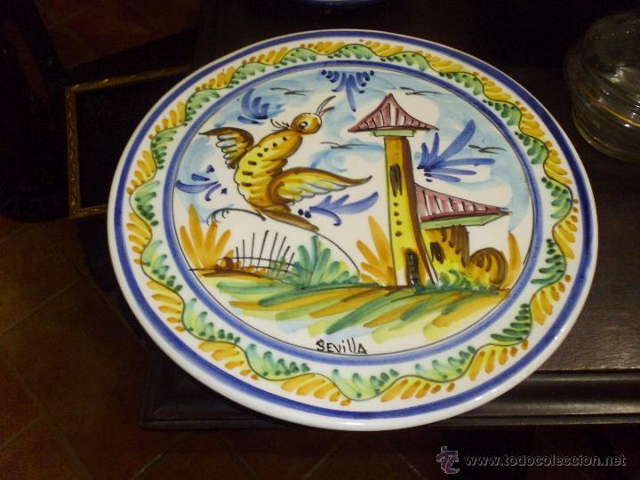 PRECIOSO PLATO DE CERAMICA DE TRIANA SEVILLA (Antigüedades - Porcelanas y Cerámicas - Triana)