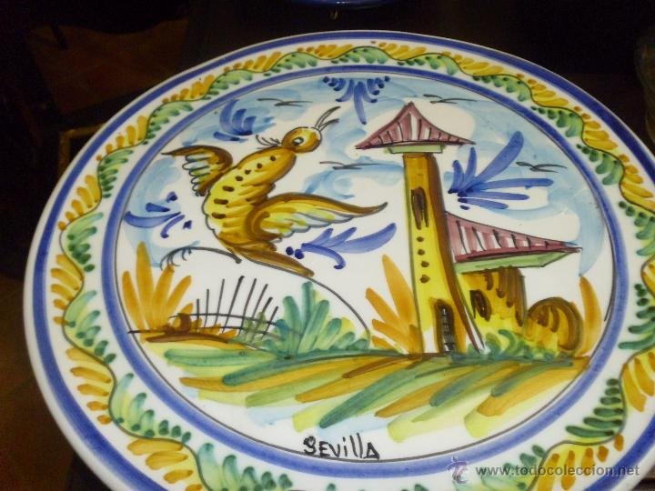 Antigüedades: PRECIOSO PLATO DE CERAMICA DE TRIANA SEVILLA - Foto 2 - 44345245