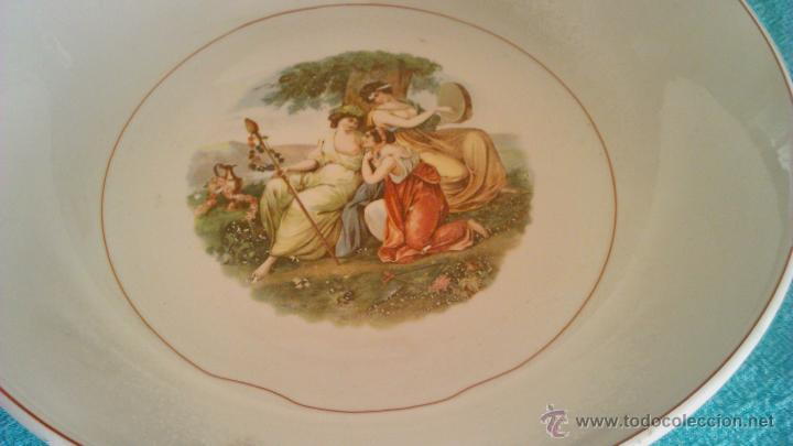 Antigüedades: Lote de 3 piezas de vajilla de San Claudio Oviedo. Motivo romantico.Muy antiguas. - Foto 3 - 44375957
