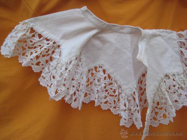 Antigüedades: Cuello de encaje para un vestido de niña - Foto 2 - 44383669