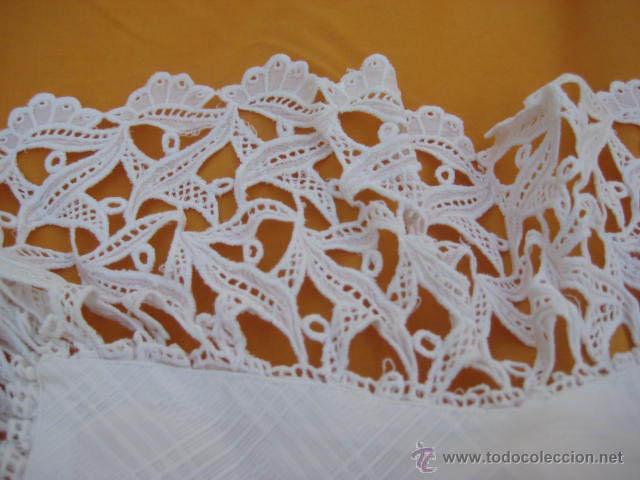 Antigüedades: Cuello de encaje para un vestido de niña - Foto 3 - 44383669