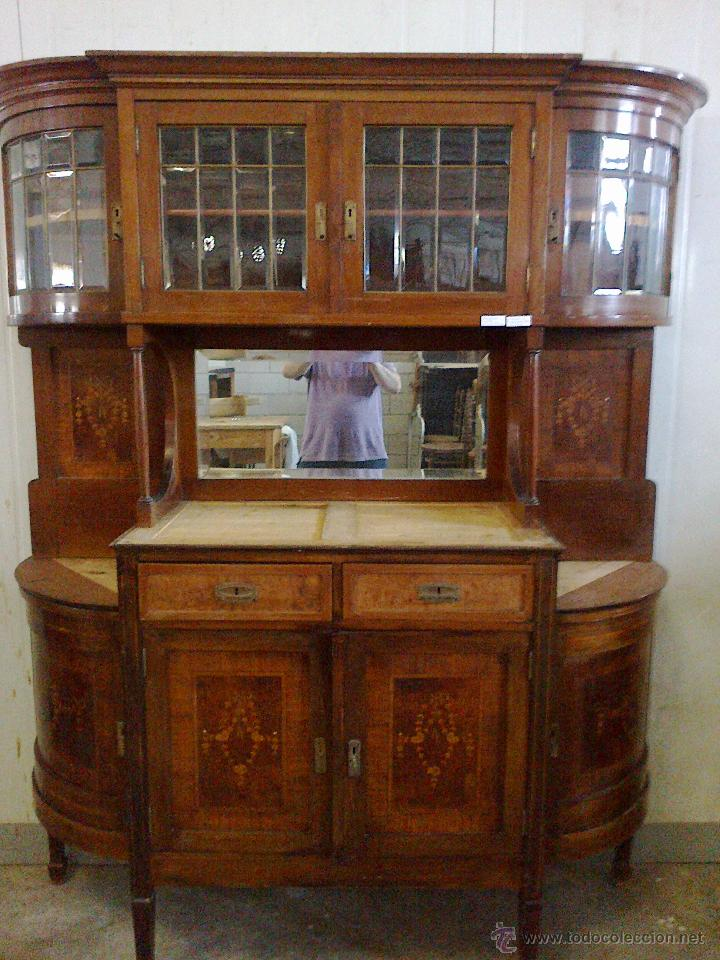 Fabulosa alacena modernista en maderas de ebani comprar for Muebles modernistas