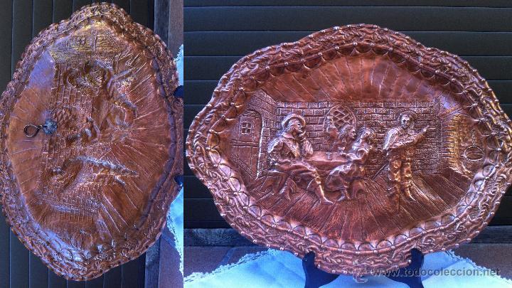 BANDEJA DE COBRE ANTIGUA , MIDE 46 CM DE LARGO (Antigüedades - Hogar y Decoración - Bandejas Antiguas)