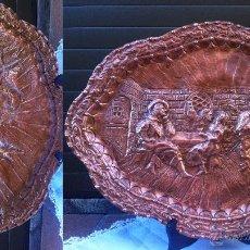 Antigüedades: BANDEJA DE COBRE ANTIGUA , MIDE 46 CM DE LARGO. Lote 38252630