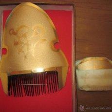 Antigüedades: JUEGO DE PEINETAS DE VALENCIANA FALLERA III,CAJA ORIGINAL,A ESTRENAR. Lote 44434802