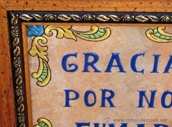 Antigüedades: SIMPÁTICO AZULEJO FIRMADO. DE LA ROSA. GRACIAS POR NO FUMAR. ENMARCADO. VALENCIA. - Foto 3 - 44455301
