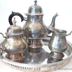 Antigüedades: SET CAFETERA LECHERO AZUCARERO METAL CON BAÑO DE PLATA. ANTIGUO. CON BANDEJA... Lote 162302632