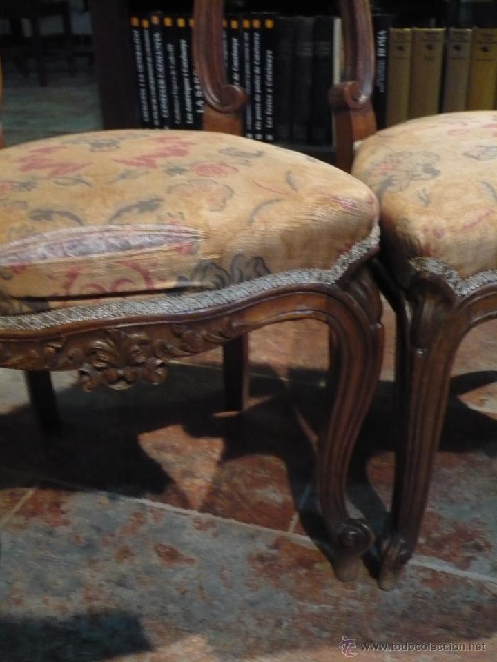 Antigüedades: Pareja de sillas rococo, barrocas, profusamente talladas, antiguas, tapizado a restaurar - Foto 3 - 44701987