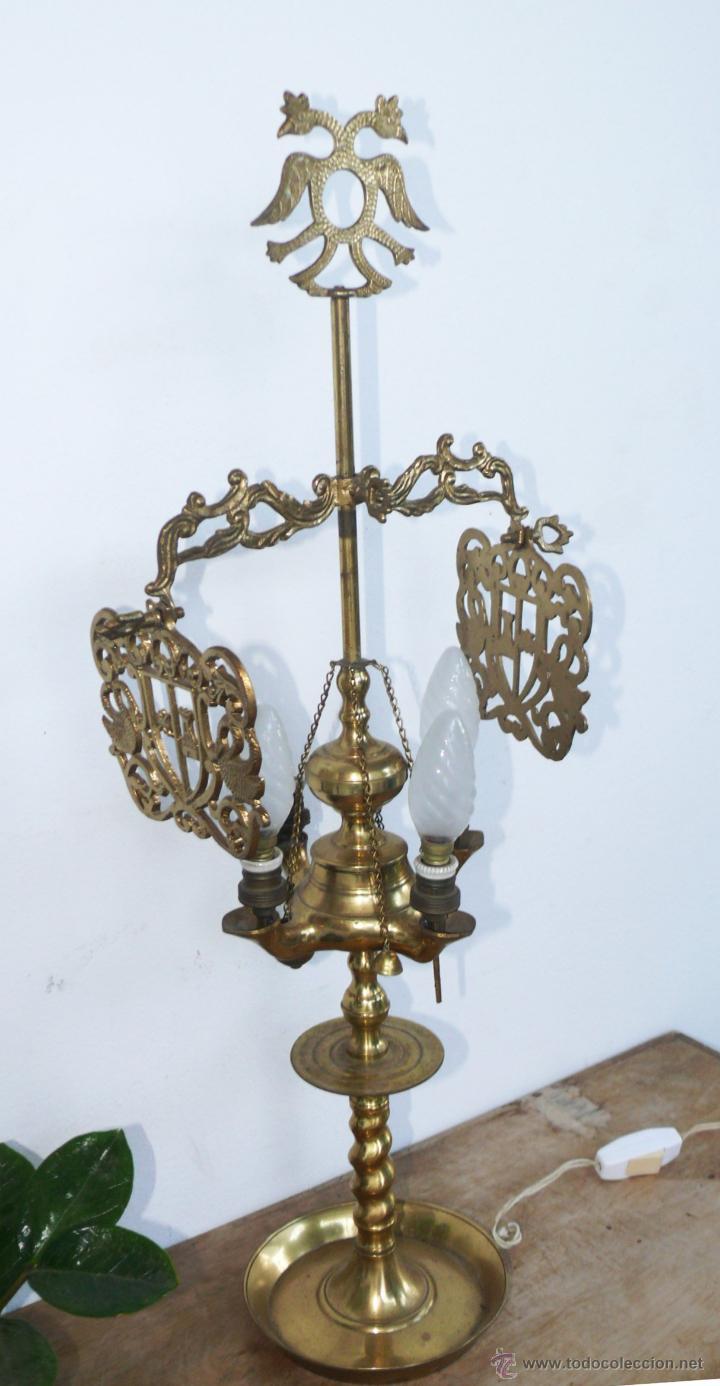 Antigüedades: ENORME LAMPARA ANTIGUA ACEITE VELON EN BRONCE S XIX ELECTRIFICADA CORONADA AGUILA BICEFALA - Foto 2 - 44704359