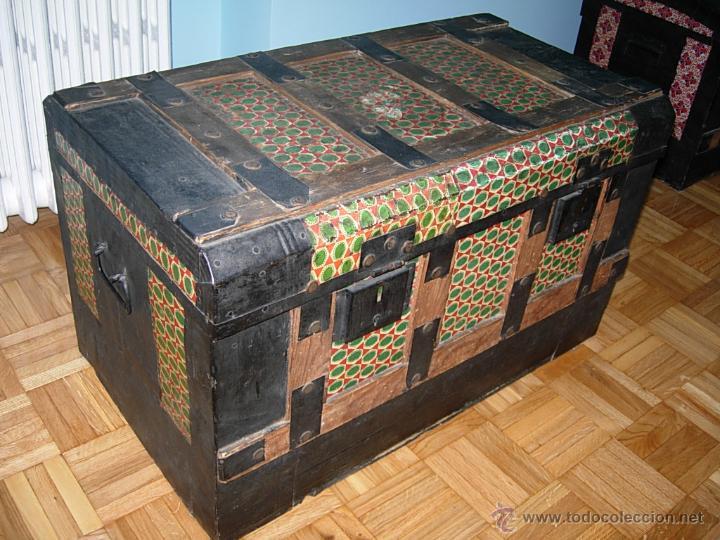 Ba l cofre arc n antiguo de madera forrado d comprar - Restaurar baules antiguos ...