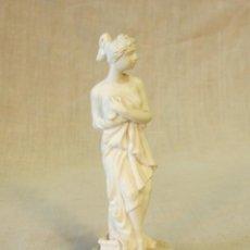 Antigüedades: FIGURA DE RESINA CON SELLO EN BASE. Lote 44793415