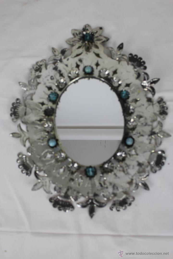 original espejo en laton plateado decorado con bolas azules en cristal y piedra