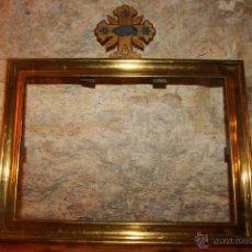 Antigüedades: ANTIGUA SACRA RELIGIOSA EN METAL DORADO. CRUZ AGNUS. LIGERAS MANCHAS DE ÓXIDO.. Lote 44841405