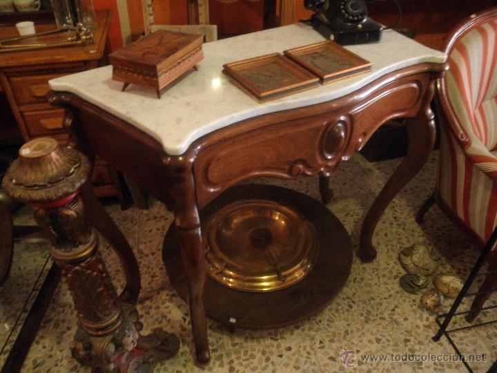 ANTIGUA CONSOLA DE CAOBA ISABELINA DE LA DITADA (Antigüedades - Muebles Antiguos - Consolas Antiguas)