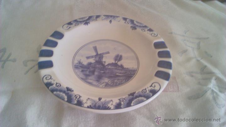 Antigüedades: Precioso plato de cerámica holandesa T´DELFTSCHE HUYS HANDWORK 1986.Pintado a mano. - Foto 2 - 44884676