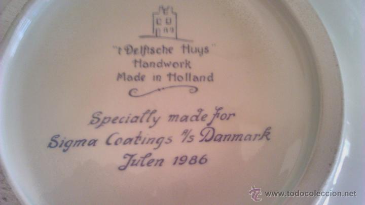 Antigüedades: Precioso plato de cerámica holandesa T´DELFTSCHE HUYS HANDWORK 1986.Pintado a mano. - Foto 7 - 44884676