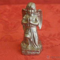 Antigüedades: ANGELITO ORANTE DE METAL. Lote 44964853