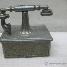 Antigüedades: TELÉFONO ANTIGUO PEQUEÑO PARA DECORAR. Lote 44996414