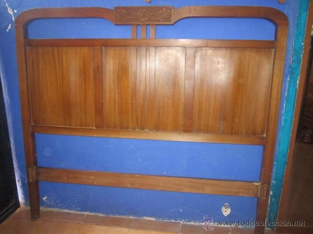 Antigüedades: Cabecero modernista en nogal satén, para cama de matrimonio. - Foto 5 - 27142039