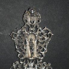 Antigüedades: ANTIGUA PRECIOSA BENDITERA EN PLATA CON MARCAS. Lote 45039395