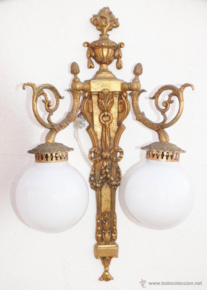 Preciosa lampara antigua de pared aplique luis comprar for Apliques de bronce para muebles