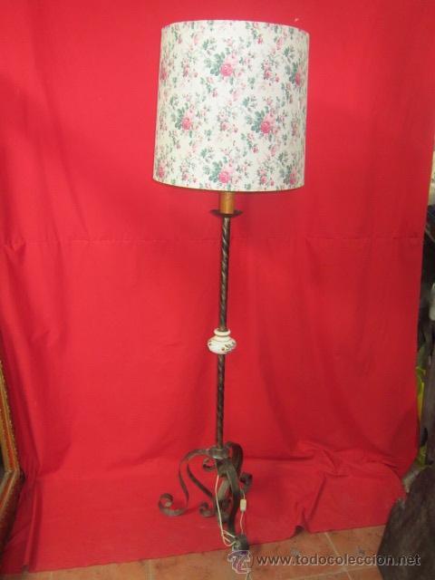 Antigüedades: Lámpara rústica con cerámica. Tulipa de flores. - Foto 3 - 26280781