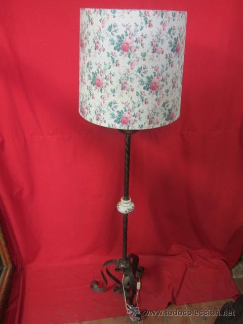 Antigüedades: Lámpara rústica con cerámica. Tulipa de flores. - Foto 6 - 26280781