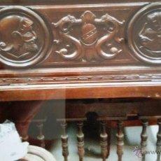 Antigüedades: BARREÑO DE CAOBA TALLADO. Lote 45063959