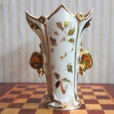 Antigüedades: JARRON DE PORCELANA ISABELINO . Lote 45081483